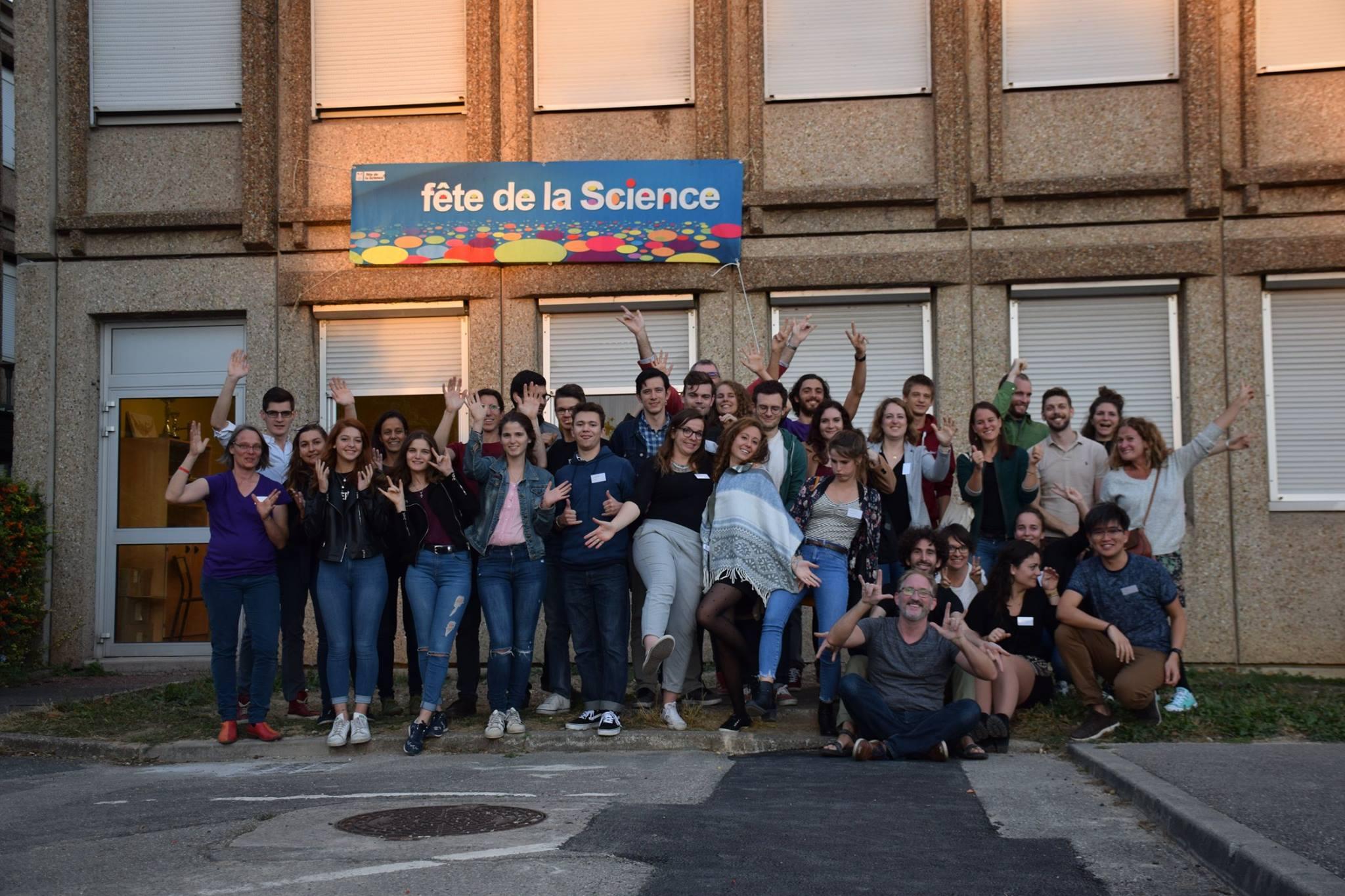Fête de la science, fête des mains !